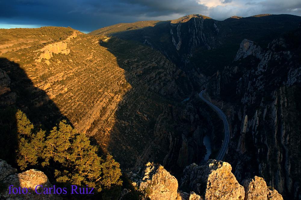 Lugares del pirineo el congosto de olvena for Mirador del pirineo