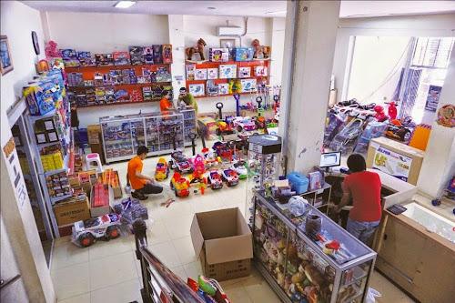 Toko Rajawali Gajah Mada Toys & Gift