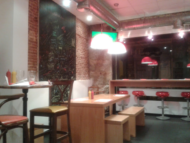 BURGER LAB, interior. Malasaña Madrid