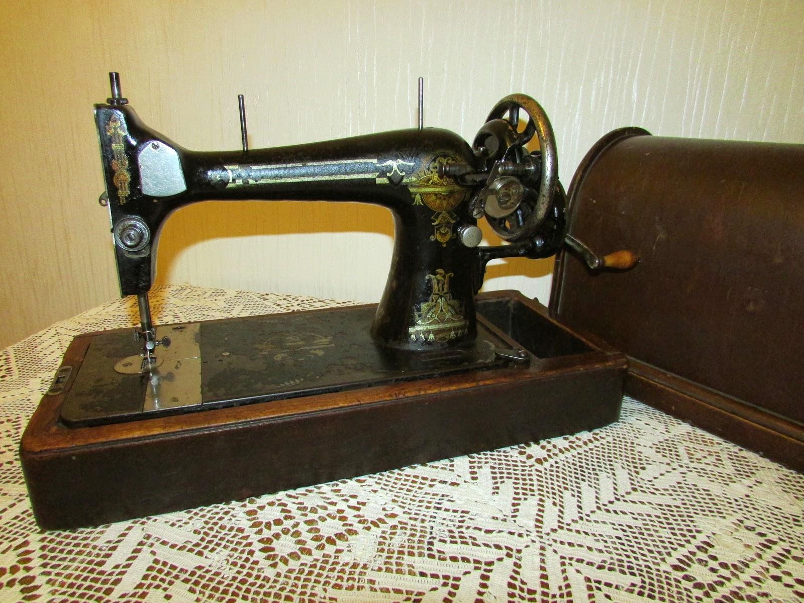 Стих к подарку швейная машинка 78