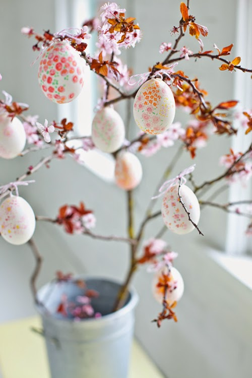 http://www.homebunch.com/easter-decorating-ideas/