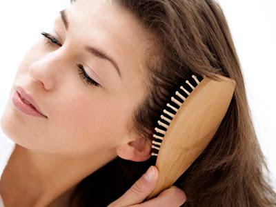 Cara Betul Menyikat Rambut