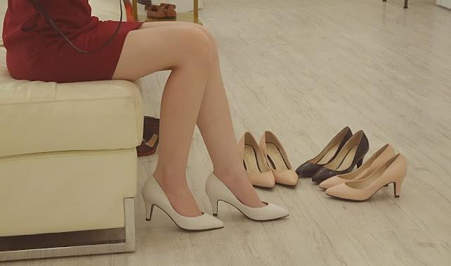 fashionable office heels