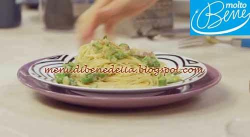 Spaghetti con asparagi e bottarga ricetta Parodi per Molto Bene su Real Time