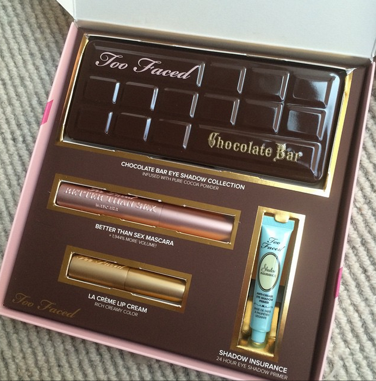 Product Review | Too Faced Chocolate Bar Eye Palette / Blossom In ...