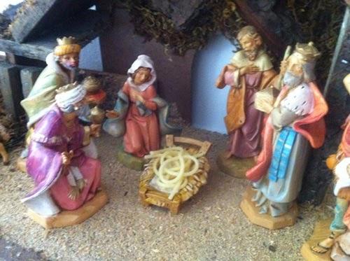 Funny FSM Flying Spaghetti Monster Christmas Nativity Scene Joke Picture