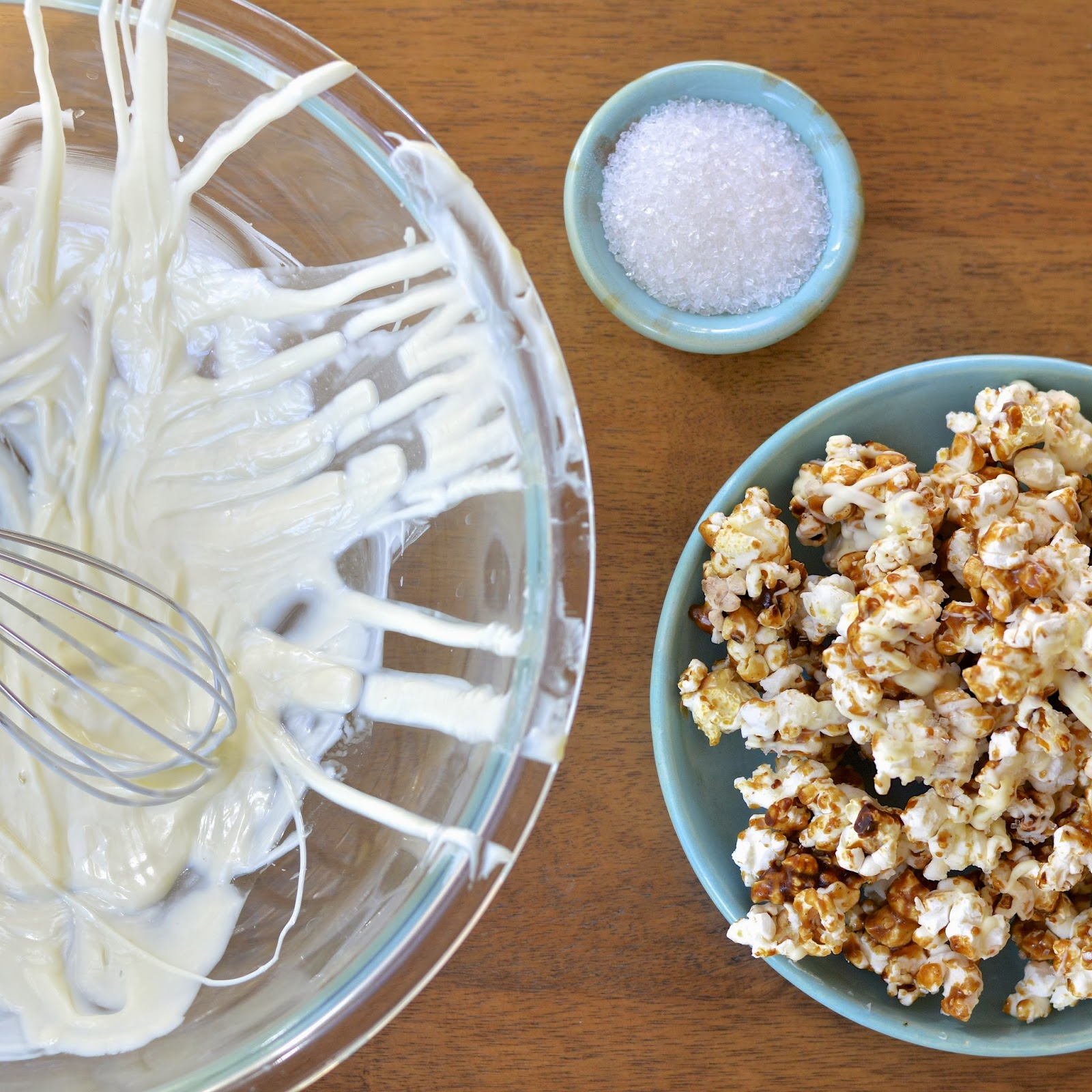 Gingerbread White Chocolate Popcorn | Virtually Homemade ...