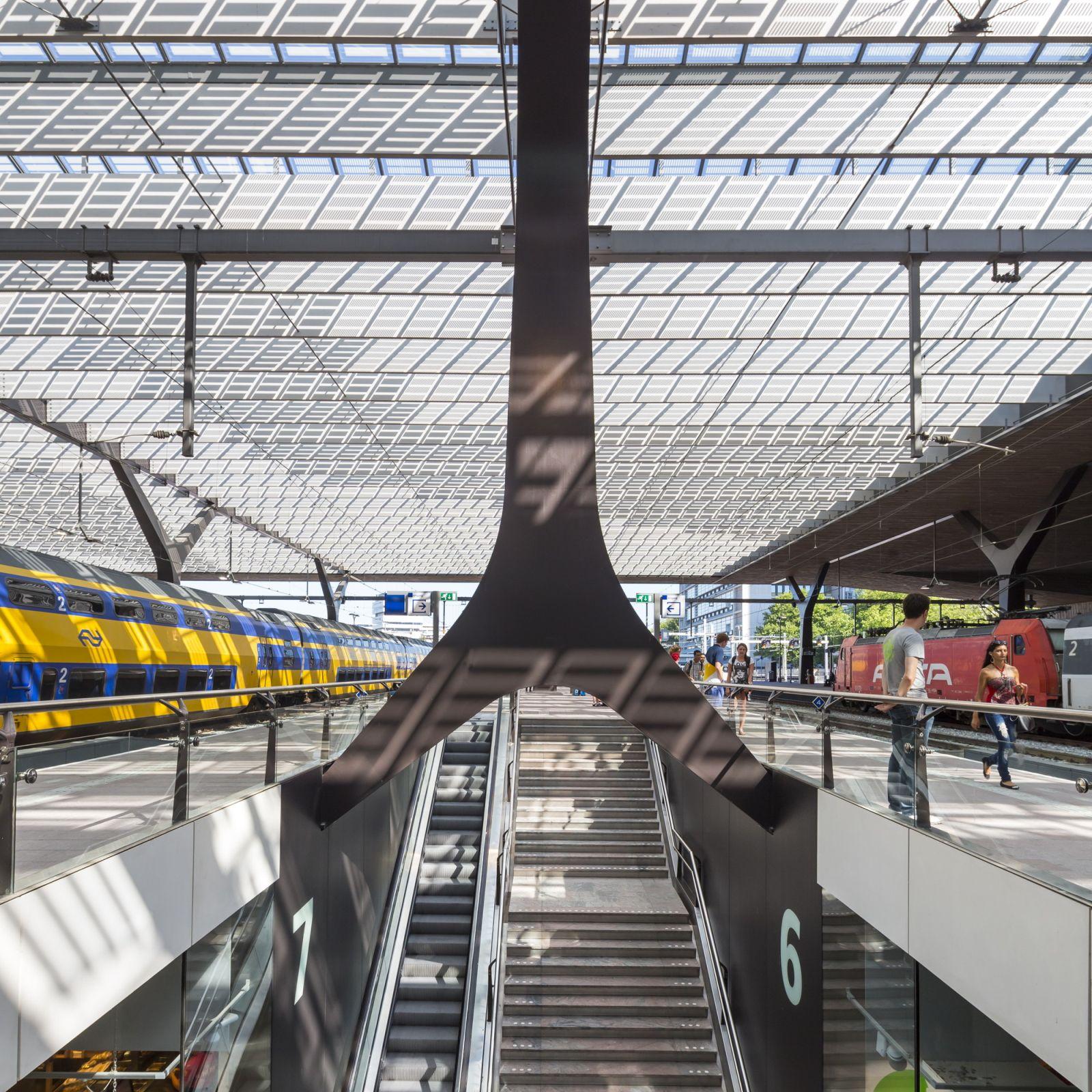 10-Rotterdam-Centro-Estación-por-Team-CS