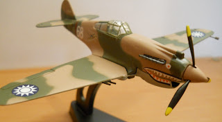 maqueta avión II G.M. Curtiss P-40 Warhawk Flying Tiger de Italeri