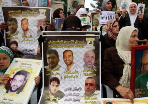 Familiares pedem libertação dos prisioneiros palestinos