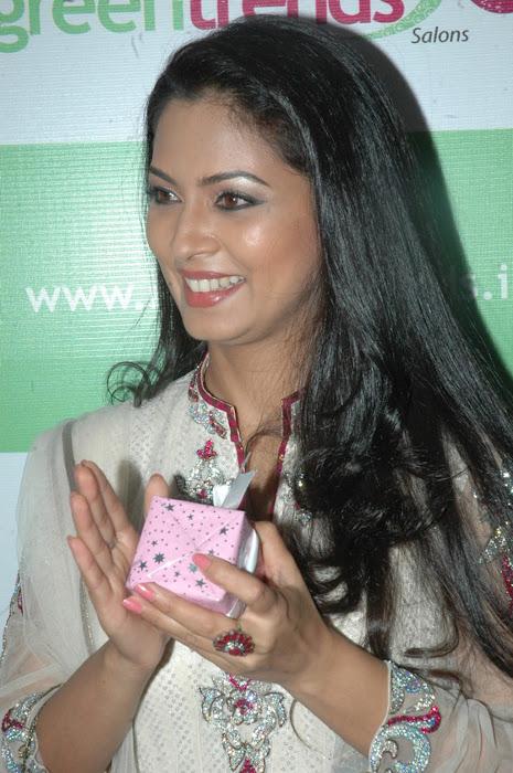 pooja photo gallery