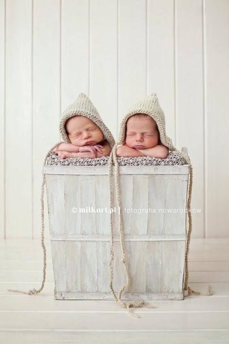 fotografia dziecięca Poznań, sesja fotograficzna dziecka Poznań, zdjęcia noworodków, zdjęcia bliźniaków, sesje zdjęciowe niemowląt, fotograf dziecięcy, fotografia noworodkowa bliźniąt, bliźniaki, bliźnięta, noworodki, noworodek,