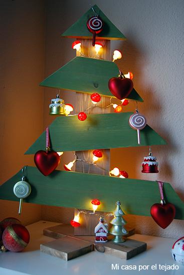 y all como en la anterior ocasin coincid con un montn de caras conocidas lorena de amor por la decoracin mara de mil nubes de colores - Arbol De Navidad De Madera