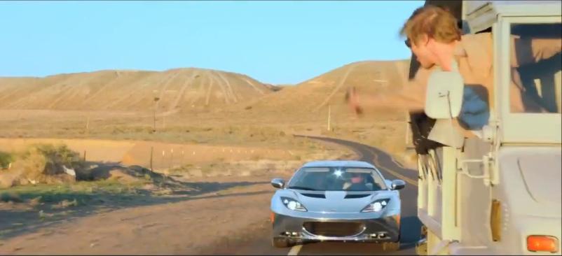 """Lotus Torna al Cinema nel Film """"The Host"""" Lotus+Evora+car+chase+2"""