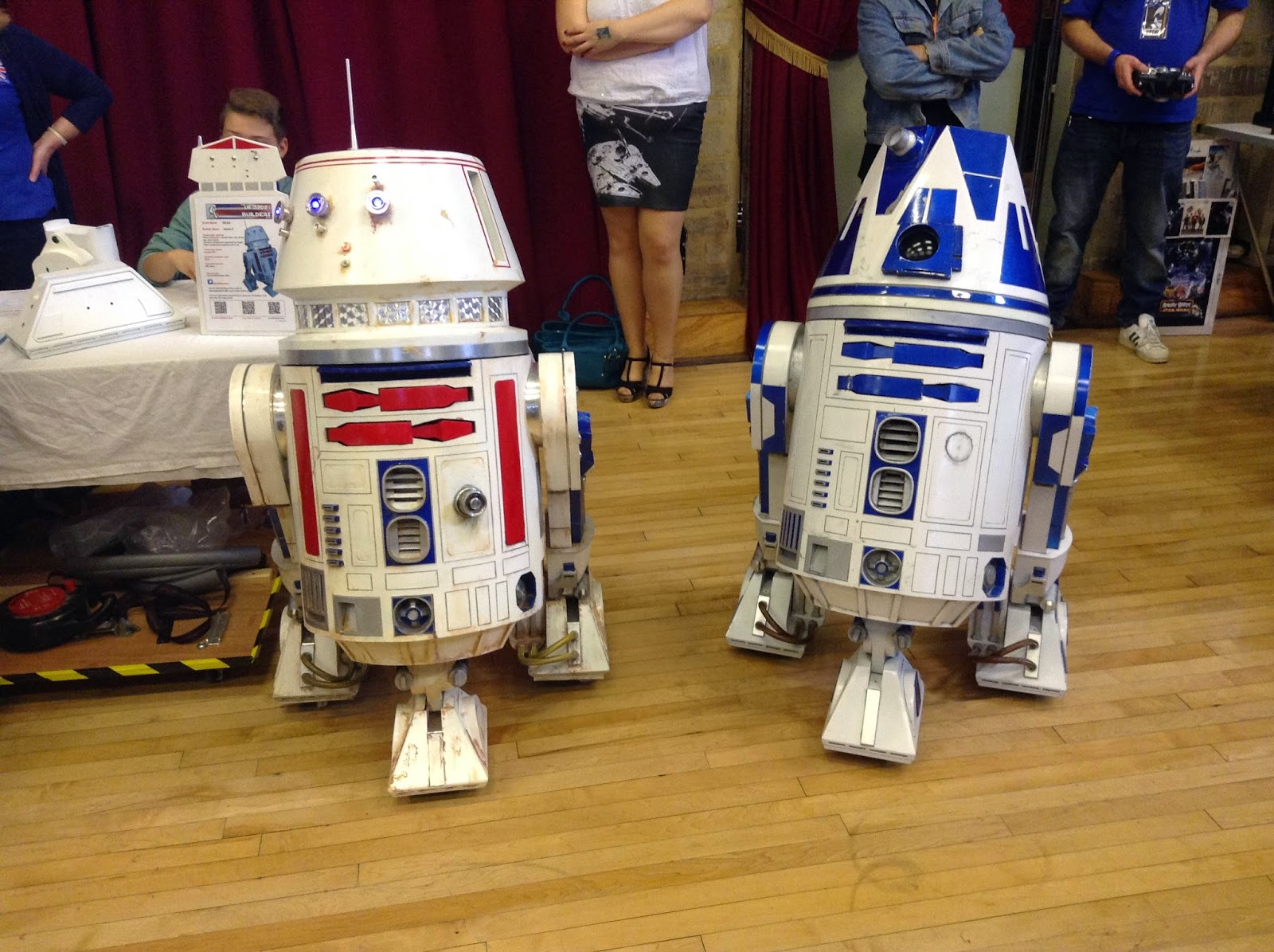 R5-D4 Chippenham Sci-Fi Day 2014
