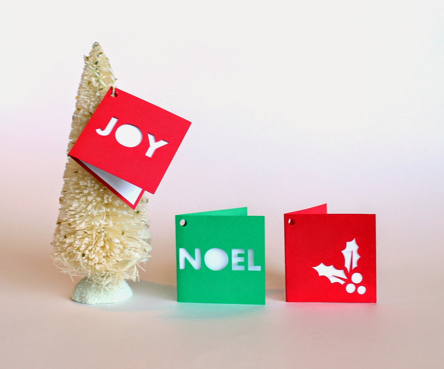 http://www.tiffzippy.com/holiday-folded-gift-tags-joy/