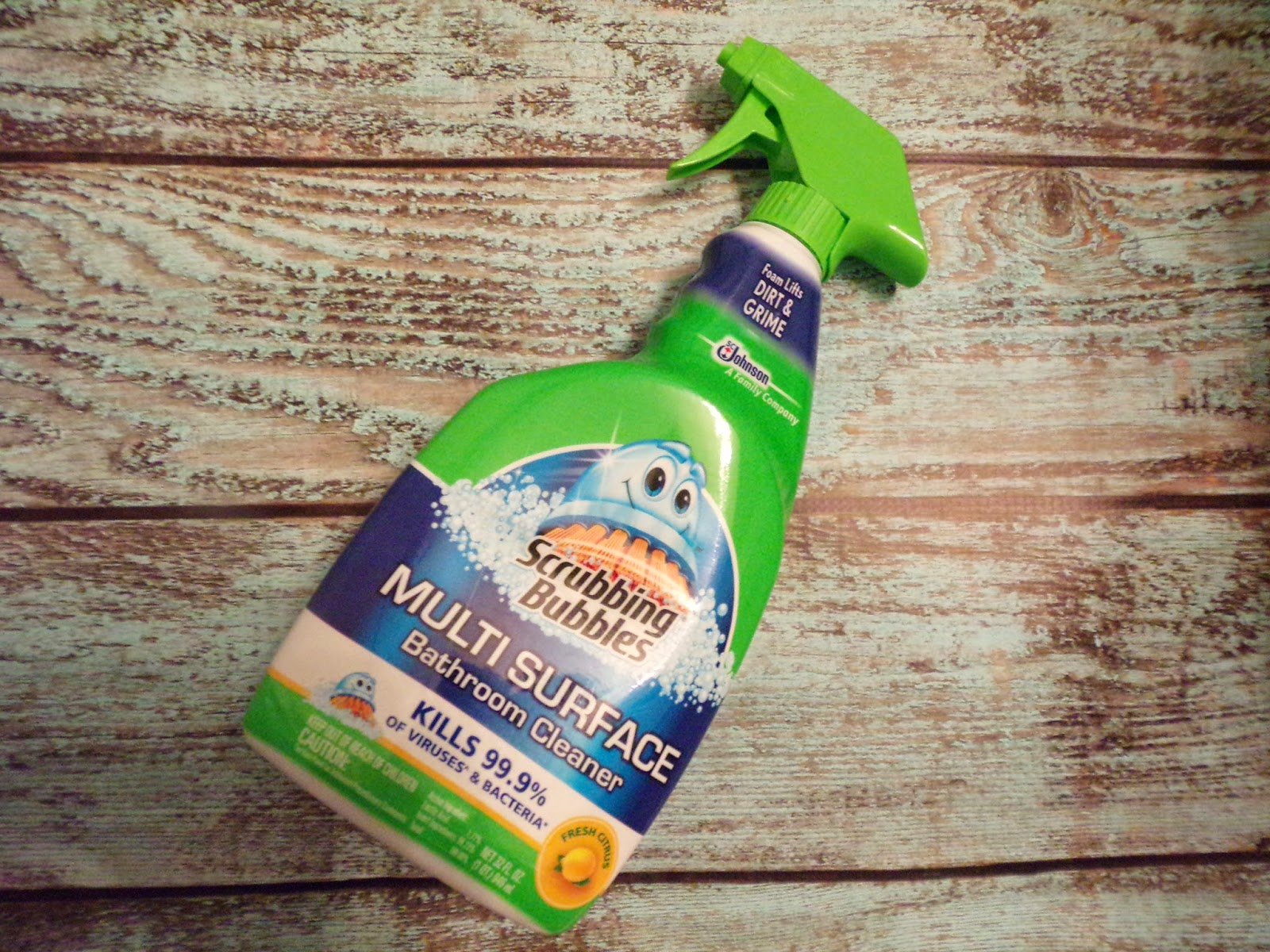 Scrubbing Bubbles® Makes Cleaning Bathrooms Super Easy #IC #BehindClosedDoors #sponsored