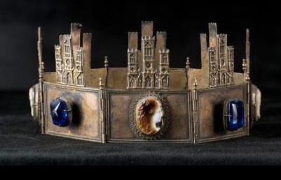 La corona de Alfonso VIII en Palamos