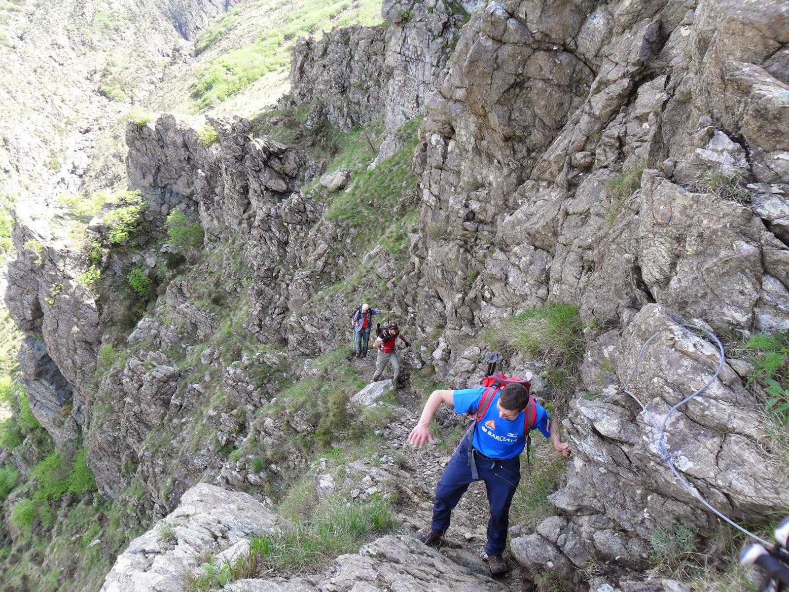 Malati di montagna colori profumi e suggestioni sul sentiero frassati della liguria - Riscaldare velocemente casa montagna ...