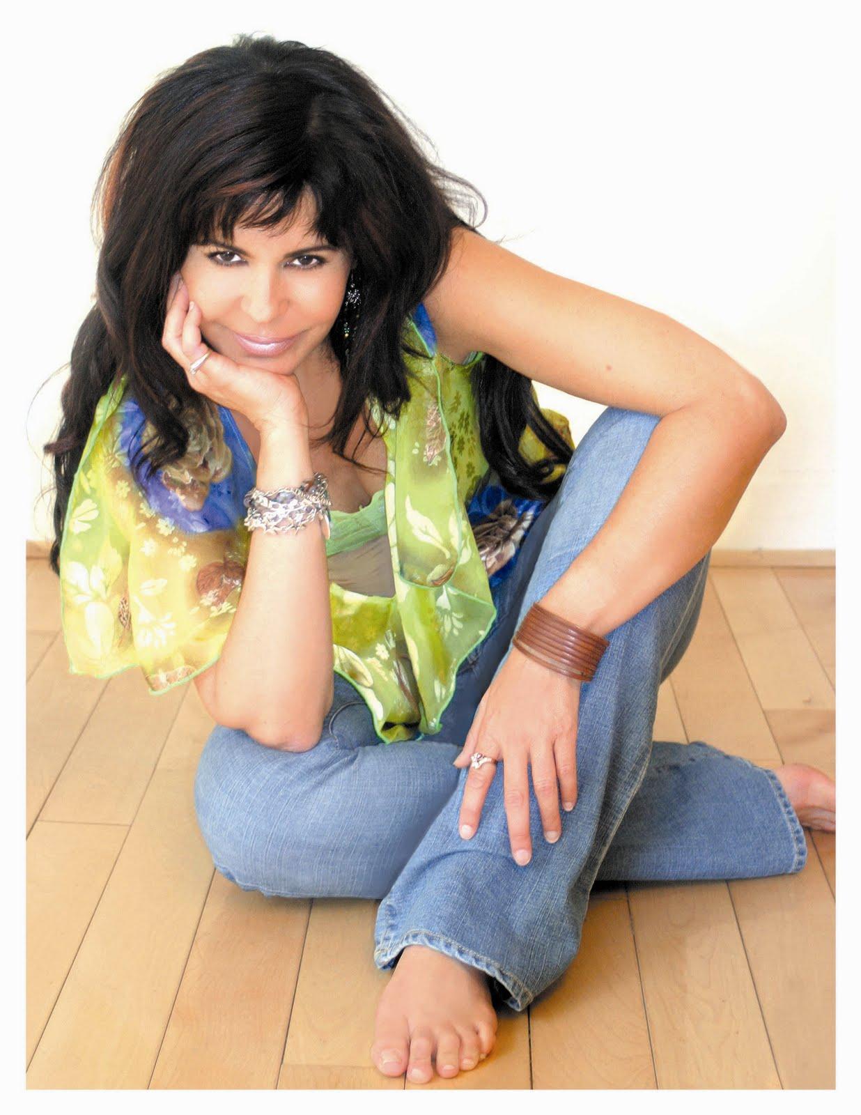 http://1.bp.blogspot.com/-tAHIXPvoRa8/TvFQoK7tSLI/AAAAAAAAG38/SyCRBc72Ko0/s1600/Maria%2BConchita1.JPG