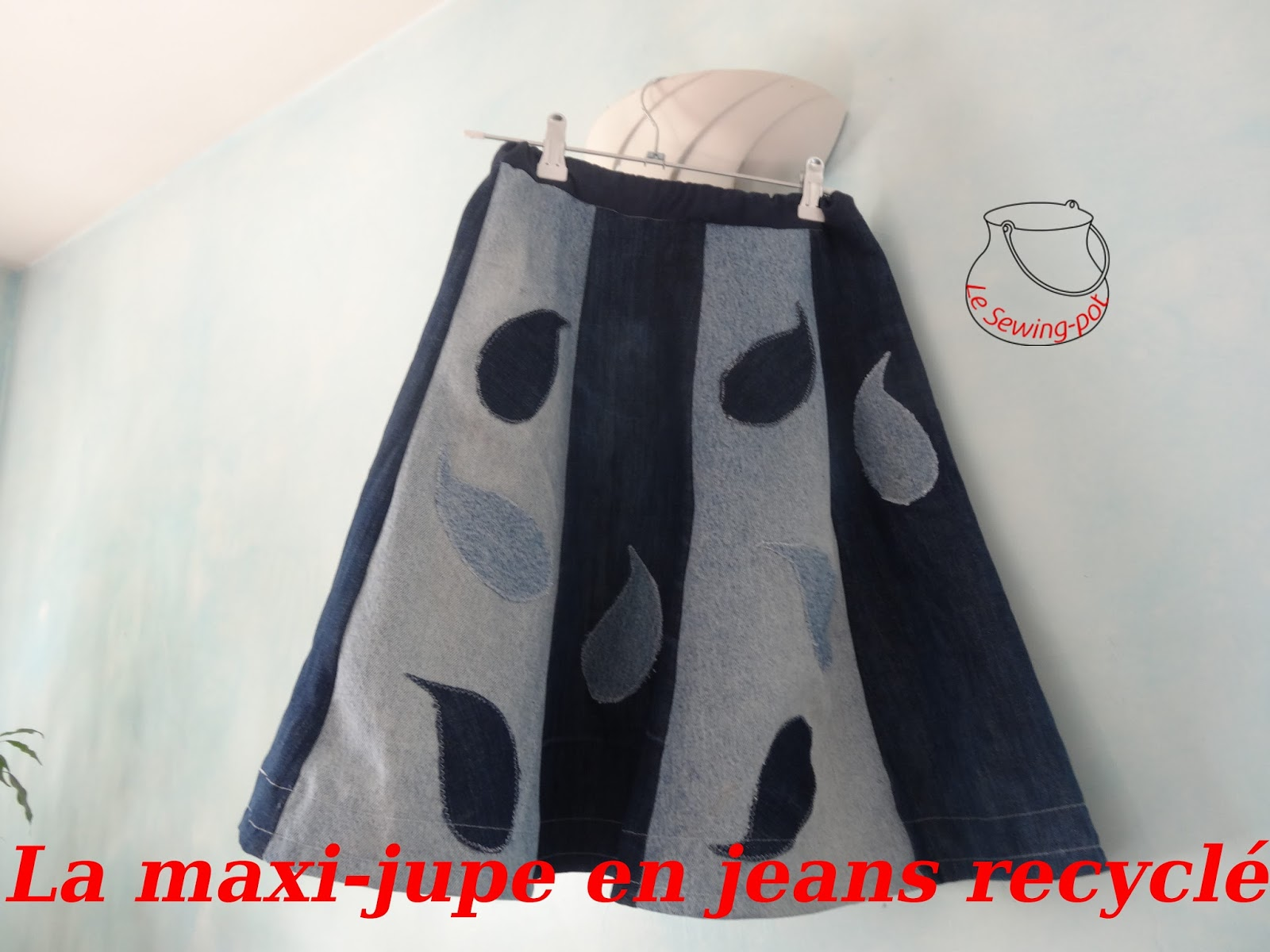 jupe en jean recyclé gouttes recycled maxi-skirt