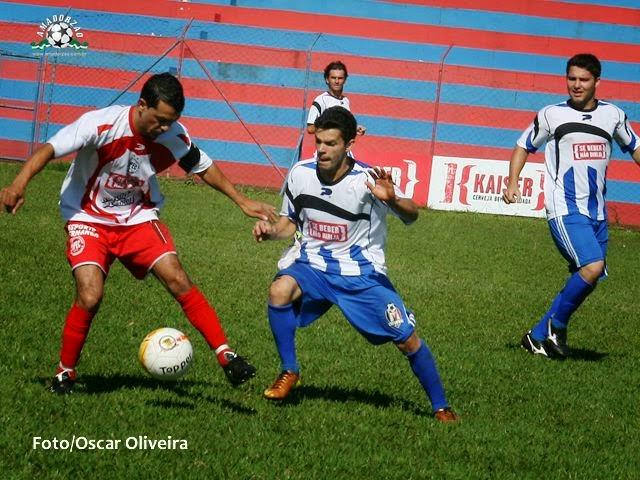 Mistura vence São Pedro e termina a fase como o melhor da Série A.