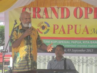 Kini Saatnya Pemerintah dan Gereja 'Mempersilahkan' Petani Kopi Membangun Papua
