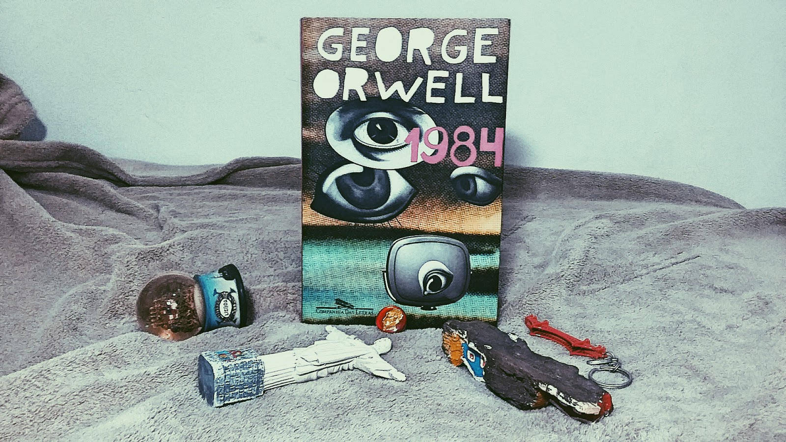 historical context of 1984 george orwell essay The film gattaca and george orwell's novel 1984 book share dystopian aspects historical context of 1984 – george orwell haven't found the essay you want.