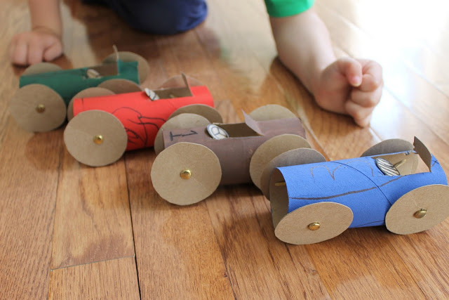 Link party let 39 s hear it for the boy happiness is homemade for How to make a paper car that rolls