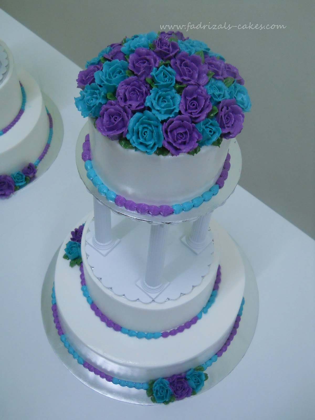 FadRizals Cakes Class 3 Tier Wedding Cake[Stacked