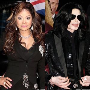 Irmã de Michael Jackson diz que espírito do cantor está assombrando seus filhos
