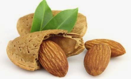 cara menaikkan berat badan dengan mengkonsumsi almond