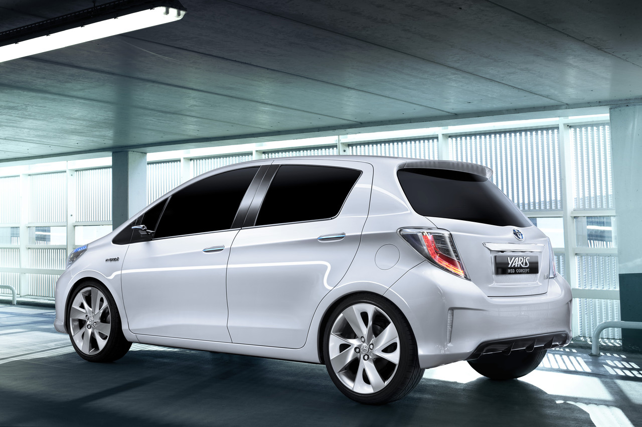 Toyota Yaris HSD Concept-1.bp.blogspot.com