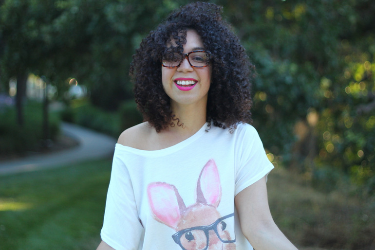 natural hair, natural hair bloggers, bunny tee, curly hair