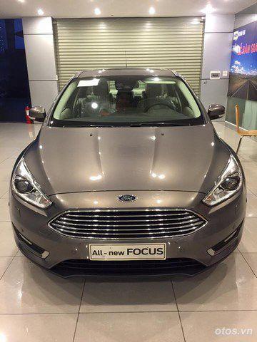 Cận cảnh xe Ford Focus Sedan 2016 tại Hà Nội