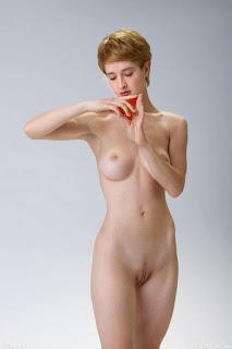 Nude Selfie - rs-femjoy_112285_002-713416.jpg