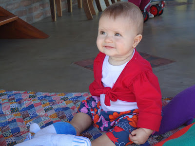 8-meses-desenvolvimento-bebe