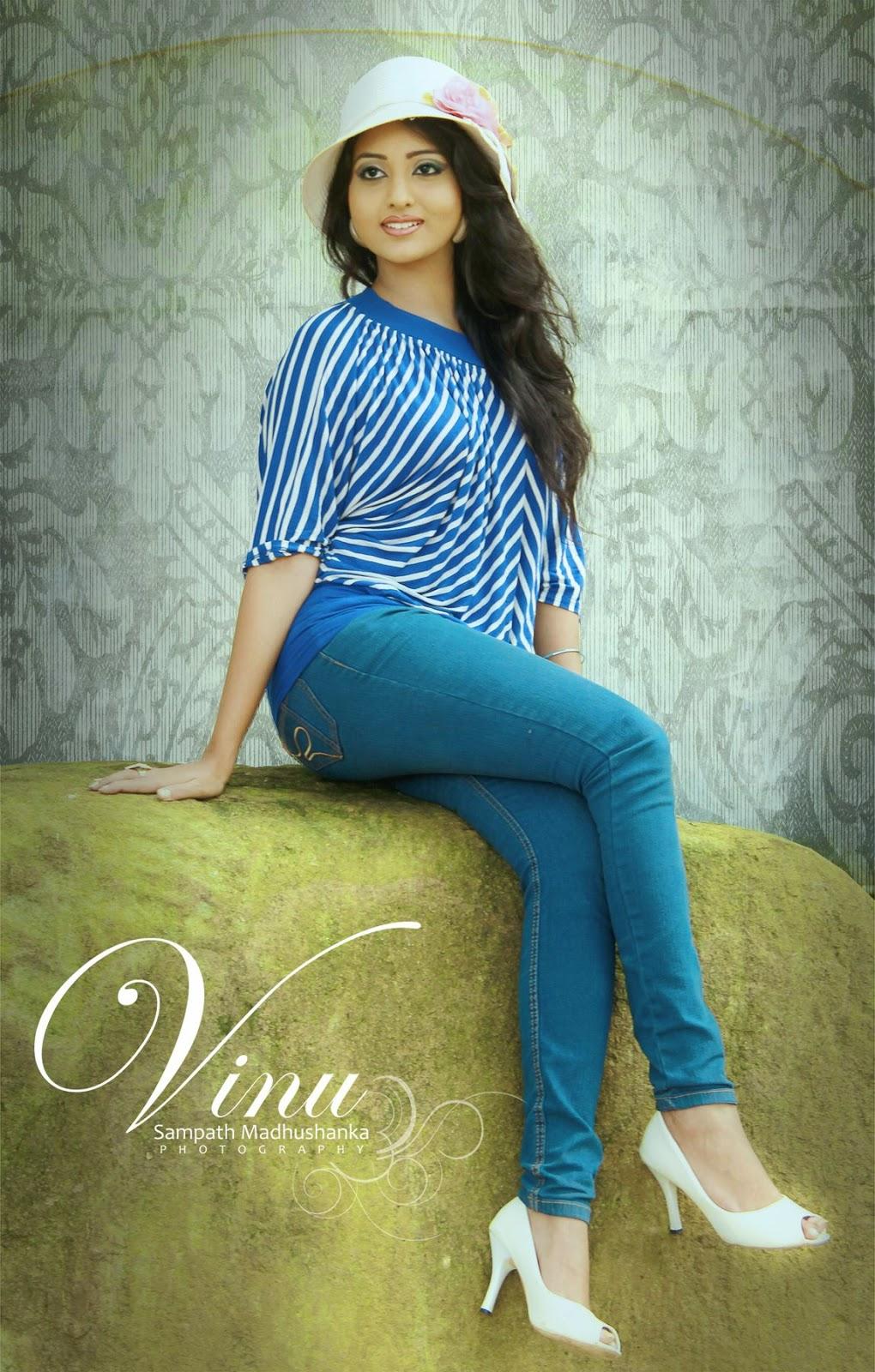 Vinu Udani Siriwardana jeans blue
