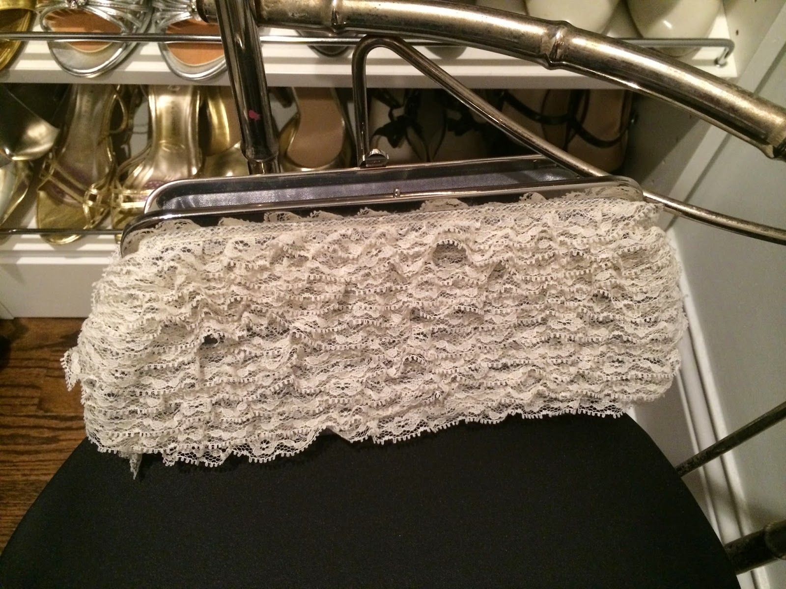White Lace DIY Clutch  | all dressed up with nothing to drink...