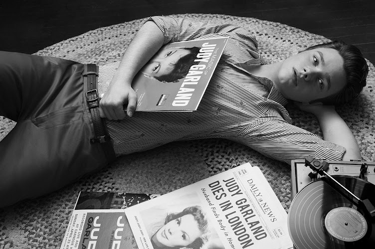 Chris Colfer / Actor