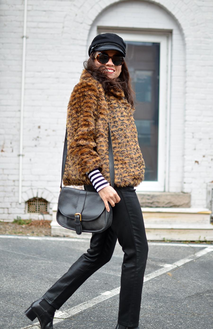 Abrigo leopardo estilo callejero