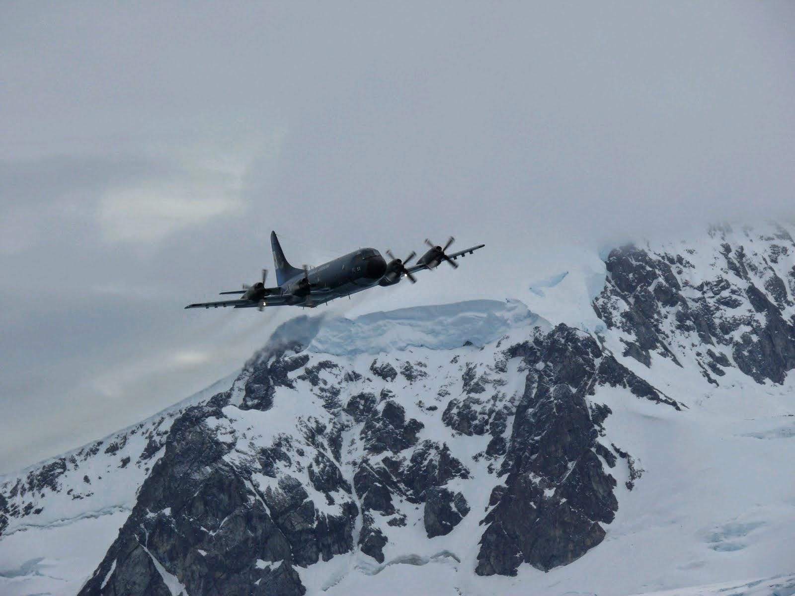 2008 - Círculo Polar Antártico - 2015