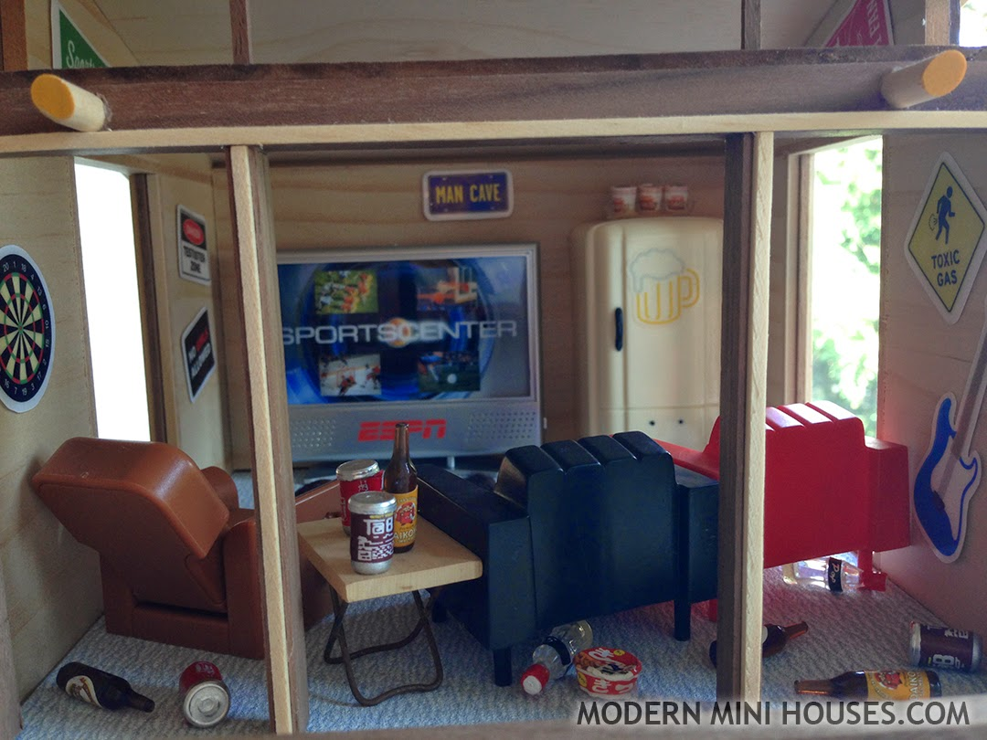 Mini Man Cave Walkthrough : Modern mini houses