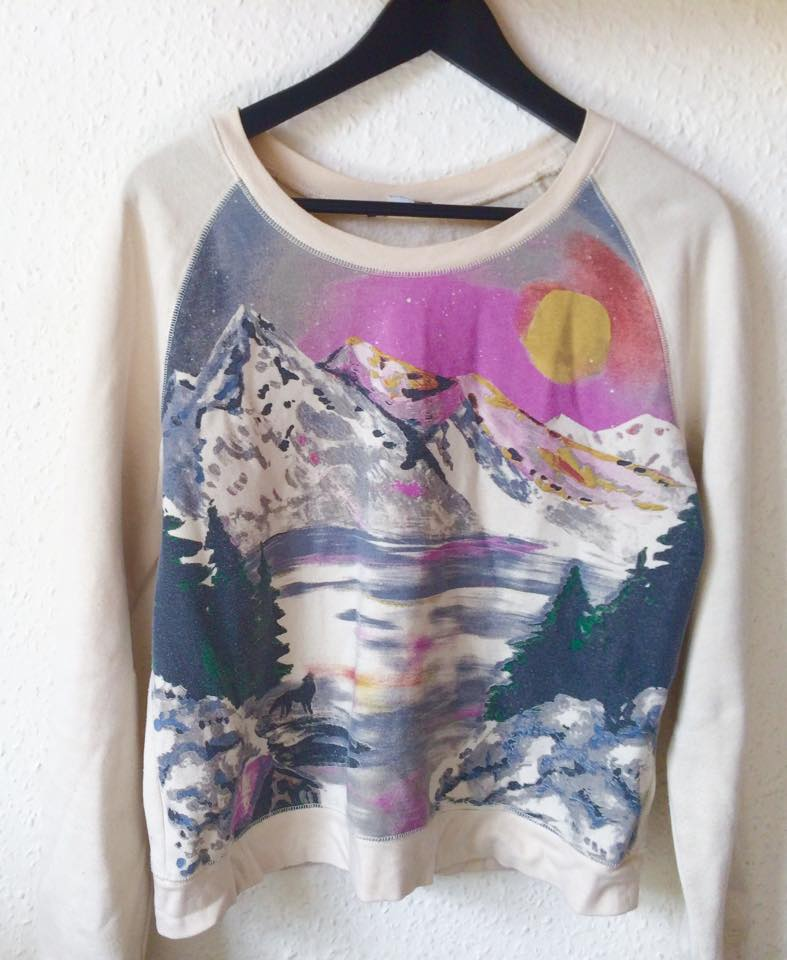 Urban Outfitters sweater, fashion blogger