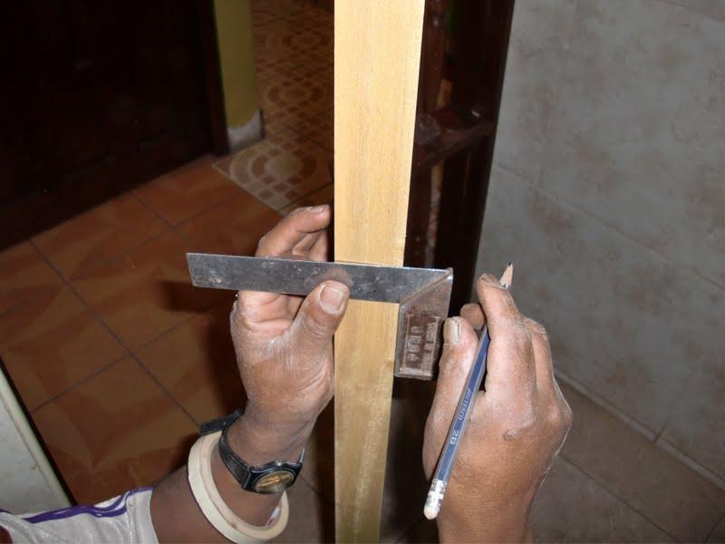 Decoraciones Manualidades En Madera: Como Colocar Chapa Para Puerta ...