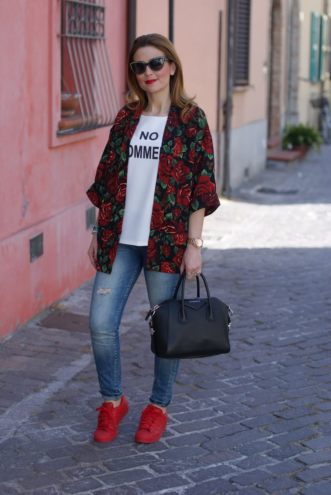 rose print kimono jacket, Givenchy Antigona bag and red adidas supercolor by pharrell on Fashion and Cookies fashion blog, fashion blogger style