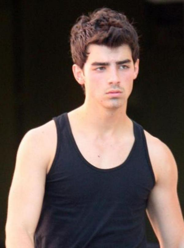 Joe Jonas Hollywood Singer Profile-Pictures | All About Hollywood