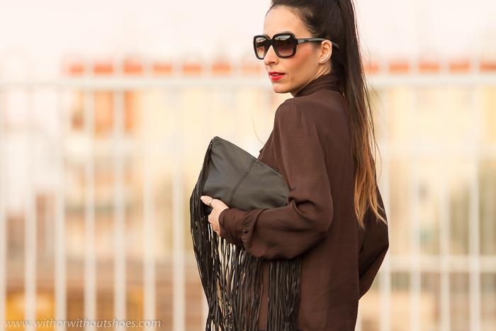 BLogger de moda de Valencia con blusa de Zara Studio y gafas nueva coleccion Prada