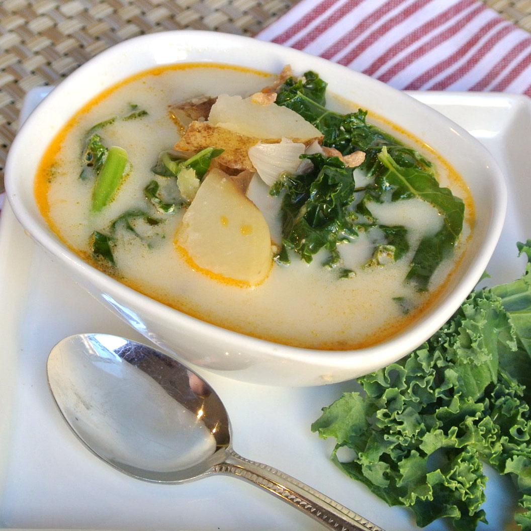 Mom, What's For Dinner?: Italian Sausage and Kale Soup and a Giveaway!