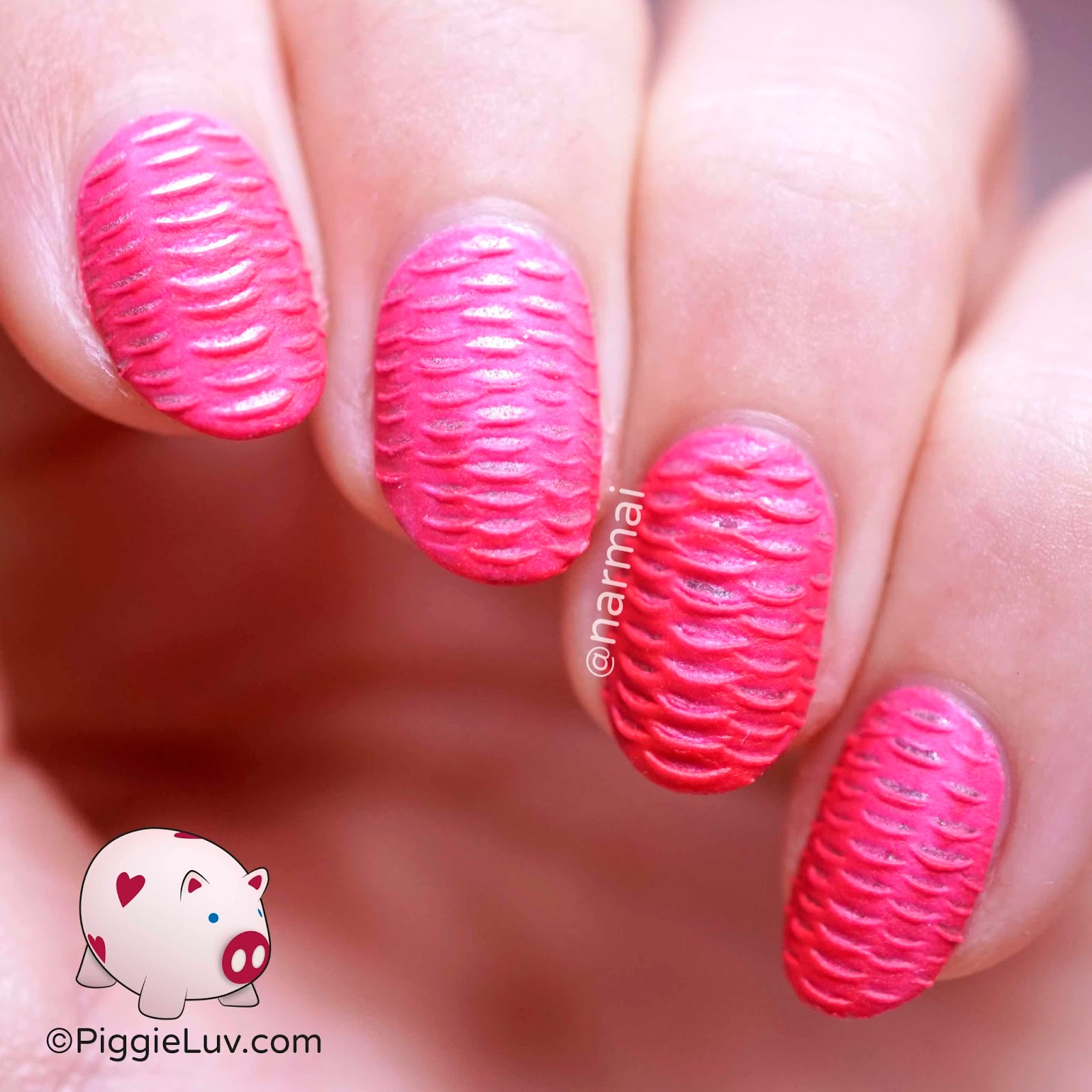 Piggieluv Nail Art Using Silicone Brushes